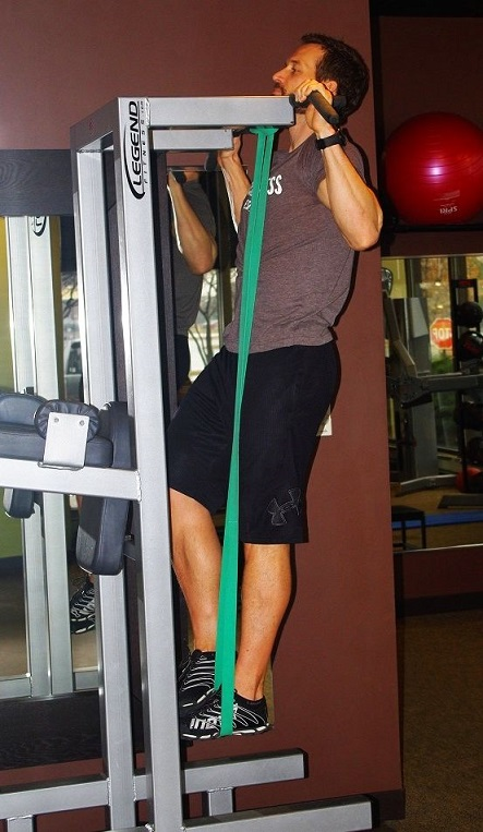 rubber_band_assisted_pullup2